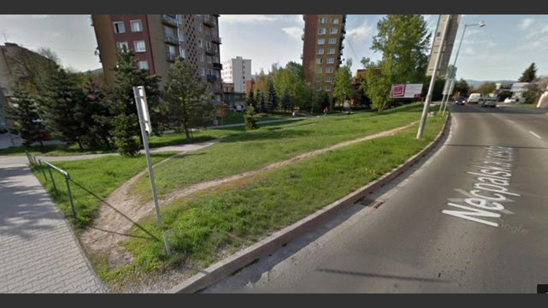 Stavebný pozemok na Necpalskej ceste v Prievidzi (hl. ťah Martin, Žilina)